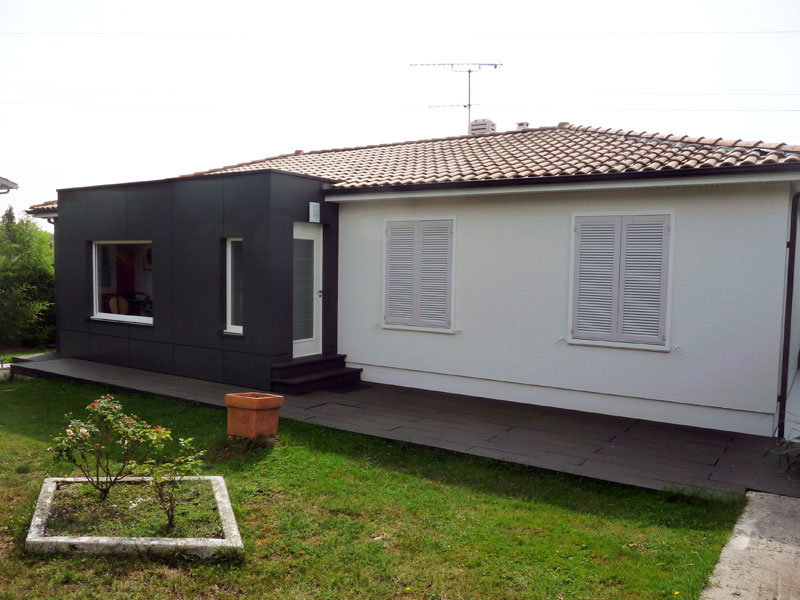 extension-renovation-ossature-bois-et-bardage-gris_3
